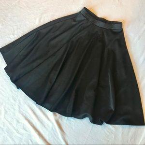 Forever 21 full black skirt